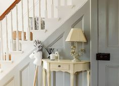 Turn a traditional hallway into an elegant and airy space that's full of light b. Turn a traditional hallway into an elegant and airy space that's full of light by painting the walls and staircase white Painted Staircases, Painted Stairs, Painted Panelling, Wall Panelling, Bannister Ideas Painted, Hallway Paint, Grey Hallway, Edwardian Haus, Victorian Hallway