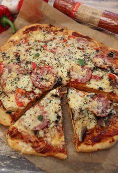 Pizza familijna – pizza na dużą blachę Pizza Recipes, Vegan Recipes, Cooking Recipes, Canned Blueberries, Vegan Scones, Open Faced Sandwich, Scones Ingredients, Vegan Blueberry, Polish Recipes