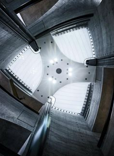 Mercedes Benz Museum by UN Studio ++ repinned by www.maground.com ++