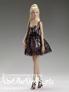 Кукла Тоннер КАМИ ВЕЧЕРИНКА http://www.asoledolls.ru/product_1377.html Стоимость: 8990= Рост: 40 см