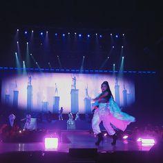 Ariana Grande performig at AsiaWorld-Expo Arena in Hong Kong (September Ariana Tour, Ariana Grande Fotos, Ariana Grande Photoshoot, Ariana Grande Pictures, Ariana Grande Dangerous Woman Tour, Christina Grimmie, Star Eyes, Fandom, Light Of My Life