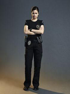 "S.W.A.T.: Officer III Christina ""Chris"" Alonso (Lina Esco) Tv Series 2017, Series Movies, Movies And Tv Shows, Lina Esco, Tac Gear, Beautiful Female Celebrities, Swat, Movie Tv, Crime"
