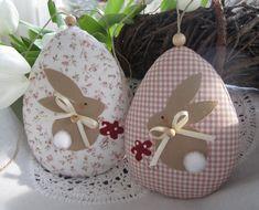 Süsse Ostereier mit Osterhase im Landhaus- Stil