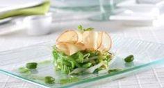 Ensalada de huevas de maruca, judías verdes y brotes de soja