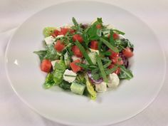 Melonensalat   Ziegenkäse   Minze Caprese Salad, Food, Mint, Fresh, Essen, Meals, Yemek, Insalata Caprese, Eten