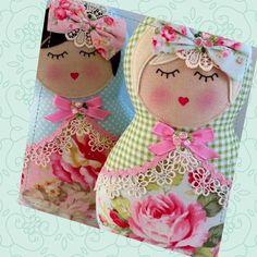 As matrioskas carregam a ideia de maternidade, além de serem ótimas peças decorativas. Aprenda a fazer um peso de porta que vai deixar o seu chão lindo.