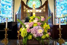 florals by Flower Bar. photos by Elizabeth Karp Photography. #atlantawedding #atlantaflorist #atlanta_flowerbar Flower Bar, Cake Flowers, Order Flowers, Atlanta Wedding, Florals, Wedding Flowers, Reception, Table Decorations, Photos