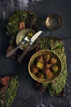 Hernepyörykät - Reseptit | HS.fi Garam Masala, Palak Paneer, Vegetarian Recipes, Ethnic Recipes, Food, Essen, Meals, Yemek, Eten