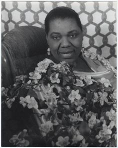 We celebrate the birthday of the Empress of Blues, Bessie Smith: April 1894 - Photo: Carl Van Vechten, Feb. 1936 - via The Beinecke Jazz Blues, Rhythm And Blues, Bessie Smith, Big Band Jazz, Texas Music, Joan Baez, Blues Artists, Photographs Of People, Blues Rock