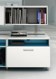 C:SCAPE is a workplace system composed of 4 elements: desk, low storage, mid storage and screens. c:scape's clean and light design is harmonious and innovative. It helps people work together and search for information.