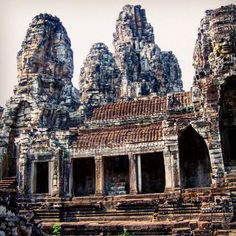 Bayon #SiemReap #Cambodia #AngkorWat #travel #tourist #tourism