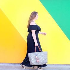 Sunday funday 🌈 @tartcollections  📷 @thevanitygirldiaries https://www.instagram.com/p/BVxKeOtAMhb/?taken-by=lovelyinla