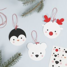 Hanging Card Polar Animal Decorations - Creative ideas Cut out the designs using a template and glue the parts together to make these cute polar animals. Attach the eye, nose and cheek stickers to give the animals a cute look. Kids Christmas, Christmas Crafts, Christmas Decorations, Christmas Ornaments, Polar Animals, Animals For Kids, Diy Girlande, Butterfly Crafts, Animal Decor