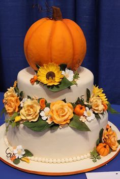 the little epicurean: ICES 2011. Just say no to the pumpkin. Change out the flowers...