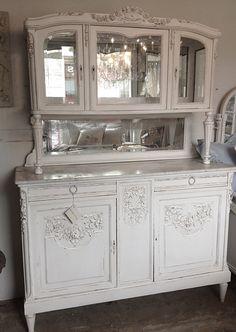 Antique French Hunters Cabinet C1890. Französisch LandhausFranzösische  Landhaus DekoFranzösischer ...