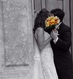 Creative Wedding Poses | Married: 11/06/2010