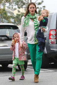 Mira que hermosas las leggins de la hija de Jennifer Garner y Ben Affleck: Violet Anne Affleck [DISPONIBLES EN YOUNGER]