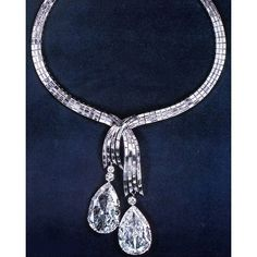 #jewelryinspiration to start this Saturday.  One of the most stunning and iconic pieces by the house of Harry Winston is not only jaw dropping, but has an interesting, storied history. The insanely beautiful diamond baguette necklace that was created to feature the infamous Indore Pears, is quintessentially Winston.  These beautiful diamonds were once set as earrings belonging to the ex Maharaja of Indore. He had a concubine that he especially favored, but she didn't necessarily feel the…