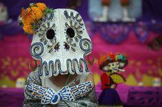 Free printable Day of the Dead or Dia de Los Muertos coloring pages