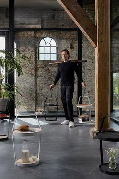 FREDERIK ROIJÉ; TUB bijzettafel voor Design on Stock. Fantastische setting of deze foto #dutchdesign