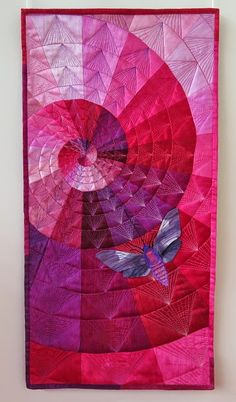 BRILLIANT: Quilt the flying geese: Negligent style: Prague Patchwork Meeting - Play with color! Longarm Quilting, Free Motion Quilting, Machine Quilting, Quilting Projects, Quilting Designs, Small Quilts, Mini Quilts, Monochromatic Quilt, Flying Geese Quilt
