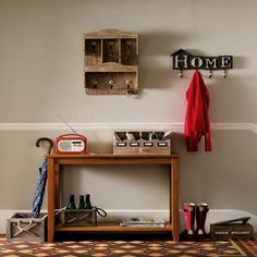 Paint the console table I have - white? red?