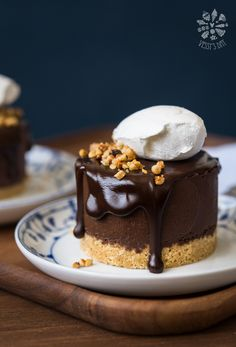 Double chestnut chocolate mousse cakes