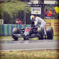 Push @fernandoalo_oficial! #FernandoAlonso #McLaren #Q2 #Quali #Qualifying #HungarianGP by f1