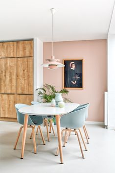 Design renovation Utrecht house by Studio Inside interior designer Scandina . Home Design, Home Interior Design, Studio Interior, Simple Interior, Interior Plants, French Interior, Nordic Design, Luxury Interior, Design Design