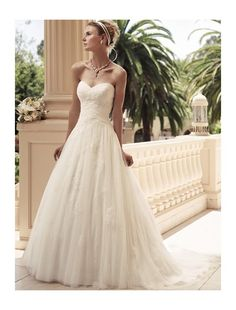 Tulle Sweetheart Neckline A-Line Wedding Dress with Lace Appliques