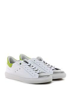 WOMSH - Sneakers - Uomo - Sneaker in pelle con suola in gomma, tacco 25. - PERLA\BIANCO - € 155.00