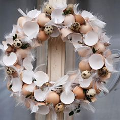 zelená snítka / Zboží prodejce Flowers and Hoppy Easter, Easter Gift, Egg Crafts, Easter Crafts, Easter Wreaths, Christmas Wreaths, Ester Decoration, Easter Activities, Egg Decorating
