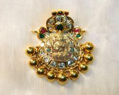 Pendant Sets / Tikka / Pendants - Gold Jewellery Pendant Sets / Tikka / Pendants (DJPMJ0007) at USD 2,116.75 And GBP 1,704.01