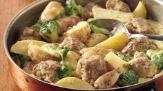 Creamy Meatballs and Potatoes 2 cups refrigerated potato wedges 1 can cream of onion soup 1/4 C water 2 C Frozen Broccoli Florets 24 frozen cooked meatballs, thawed 1/4 C sour cream In skillet, combine potatoes, soup and water; Bring to a boil. Reduce heat, simmer 5 min, stirring occasionally. Stir in broccoli and meatballs; simmer 10 to 15 min or til broccoli and potatoes are tender, stirring occasionally. Stir in sour cream; cook just until thoroughly heated, stirring occasionally.