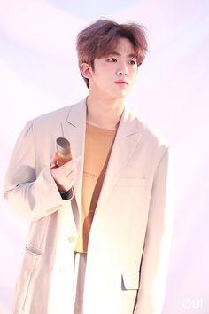 Korean Men, Mens Fashion, Coat, Kpop, Kimchi, Twitter, Music, Men Fashion, Man Fashion