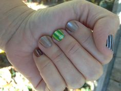 End zone mani with antique polish