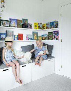 Børneværelser skal sætte gang i fantasien og inspirere til leg, men de må også gerne være smukke. Vi har samlet 25 børneværelser, der er både sjove og pæne lige her ...