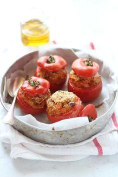 Pomodori ripieni di pane alla mediterranea