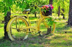 Vintage Yellow Bicycle