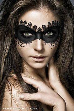 #Maquillaje antifaz por Marzava.com #Halloween + Info sobre nuestro CURSO: http://curso-maquillaje.es/msite-nude/index.php?PinCMO
