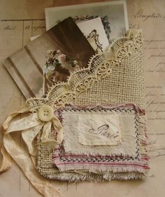 burlap & lace pocket