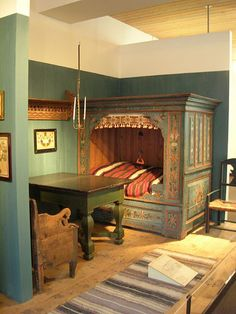 bedroom (not sure what century) Scandinavian style bed stuffed with charm. Goes with fairy and folk tales about gnomes and trolls!Scandinavian style bed stuffed with charm. Goes with fairy and folk tales about gnomes and trolls! Swedish Bedroom, Swedish Decor, Scandinavian Style, Swedish Style, Scandinavian Bedroom, Norwegian Style, Alcove Bed, Bed Nook, Built In Bed