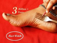 Easy Latest Feet Mehndi Design With The Help Of Kitchen Utensile Fork simple Shades Using Buds Mehndi Designs Feet, Mehndi Design Pictures, Best Mehndi Designs, Mehndi Images, Mehendi Simple, Simple Arabic Mehndi Designs, Simple Mehndi Designs, Leg Mehendi Design, Mehndi Video