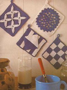 Esquemas | CTejidas: Cogedores en Blanco y Azul -> http://esquemas.ctejidas.com/2012/10/cogedores-en-blanco-y-azul.html