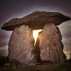 The sun shows through an ancient megalith on Ynys Mon (Anglesey) Wales Places To Visit Uk, Anglesey Wales, Uk Landscapes, Soul Stone, Wheel Of Life, Rock Of Ages, Cymru, Antiquities, Aliens