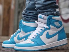 Air Jordan 1 Retro High OG 'UNC Powder Blue'