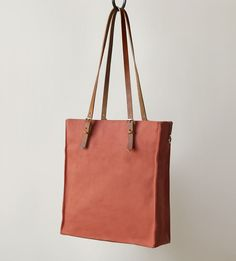 Hand-crafted with love in San Francisco, the Presidio Canvas Tote is just the size for workdays of all sorts