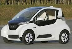 When we first saw the honda micro commuter concept at last year s tokyo motor show we were pleasantly piqued at what the expected production version (. Honda Electric Car, Electric Cars, Electric Vehicle, Electric Power, 2013 Honda, New Honda, Honda Auto, Shizuoka, Soichiro Honda
