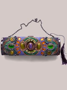 Zoe Clutch from Igigi - I just want to touch it