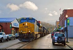 RailPictures.Net Photo: CSXT 3175 CSX Transportation (CSXT) GE ES44AC at St. Marys, West Virginia by Loyd Lowry
